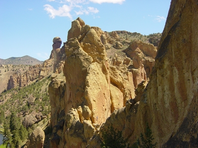 Smith Rocks looking from the hanging belay on Wherever I May Roam - Climbing Oregon