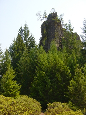 The rising prow of the South Honeycombs - Roseburg, Oregon - Climbing Oregon