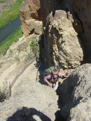 Dane Peterson lugging up Asterick Pass - Smith Rock - Hiking Oregon