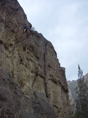 Jenny Hass climbing Rope De Dope Crack - Smith Rock - limbing Oregon