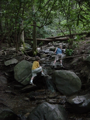 Tanis ODonnell and Tyler Bernheisel hiking Laurel Falls