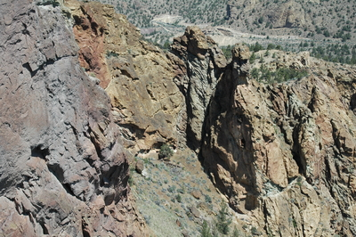 The colors of choss on Misery Ridge, Smith Rocks State Park